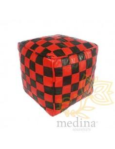 Pouf en cuir rouge et noir...