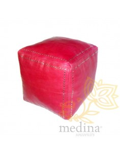 Pouf carré rouge en cuir...